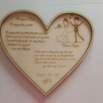 Szív formájú egyedi szövegezésű köszöntő ajándék